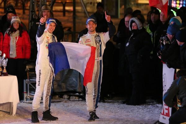 WRC-2013-Rallye-de-SUEDE-Victoire-pour-les-couleurs-Franaises-en-terre-Nordique-avec-Seb-OGIER-Julien-INGRASSIA-et-la-VW-POLO-photo-Jo-LILLINI