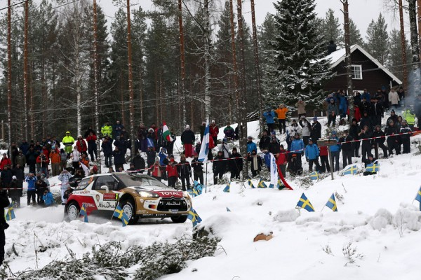 WRC-2014-SUEDE-DS3-de-MEEKE-photo-Jo-LILLINI.