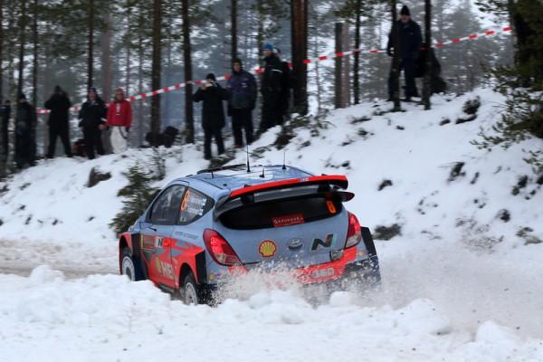 WRC 2014 SUEDE - HYUNDAI i20WRC de HANNINEN et TUOMINEN - photo Jo LILLINI.