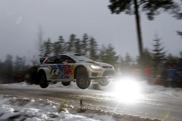 WRC-2014-SUEDE-La-VW-POLO-WRC-de-Jari-Matti-LATVALA-file-vers-la-victoire-le-8-fevrier