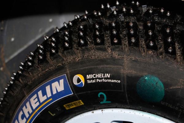 WRC-2014-SUEDE-Pneu-MICHELIN-clouté-Photo-Jo-LILLINI