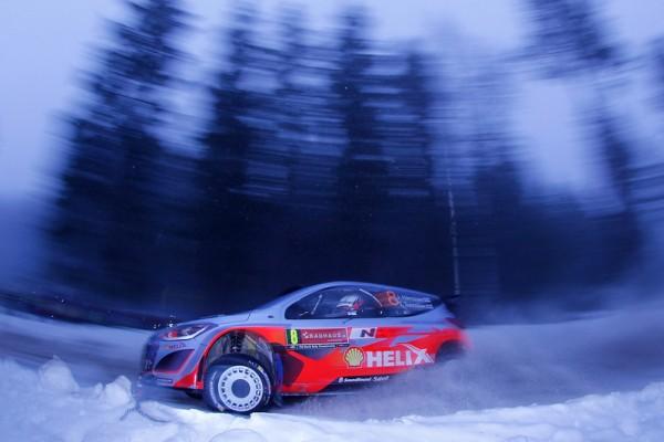 WRC-2014-SUEDE-la-HYUNDAI-i20WRC-de-HANNINEN-et-TUOMINEN-photo-Jo-LILLINI.