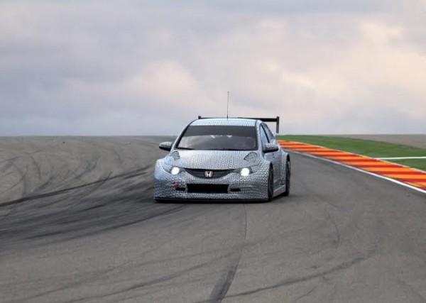 WTCC-Honda-Civic-WTCC-2014-Test à MOTORLAND