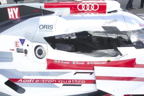 24-HEURES-DU-MANS-2014-AUDI-Cockpit-de-la-N°1-Presentation-circuit-des-24-Heures-le-mardi-25-mars-Photo-Thierry-COULIBALY.jpg