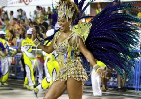 CARNAVAL-DE-RIO-2014-Hommage-AYRTON-SENNA