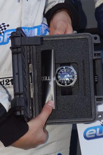 EURO-FORMULA-1er-prix-en-plus-de-la-Bourse-de-60000-Euros-une-montre-RALPH-TECH