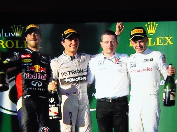 F1-2014-MELBOURNE-LE-1er-podium-2014-1er-ROSBERG-2-RICCIARDO-et-3-MAGNUSSEN