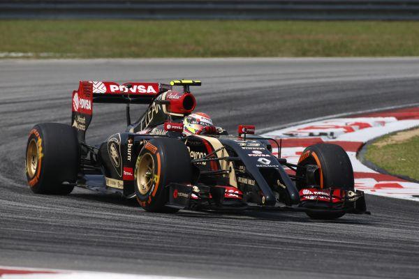 F1-2014-SEPANG-LOTUS-RENAULT-de-Romain-GROSJEAN