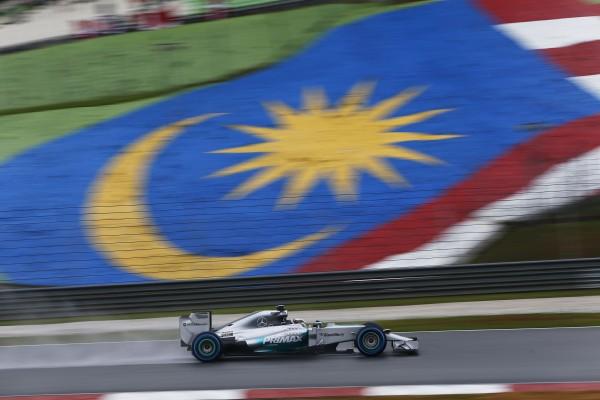 F1 2014 - SEPANG La MERCEDES de Lewis HAMILTON en pole le samedi 29 Mars.j