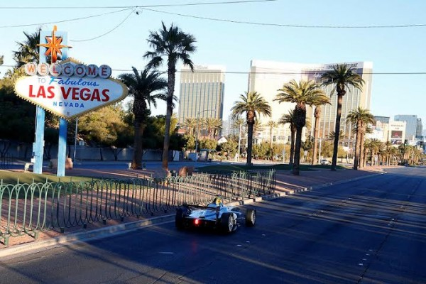 FORMULE-E-2014-Demonstration-sur-le-strip-de-LAS-VEGAS