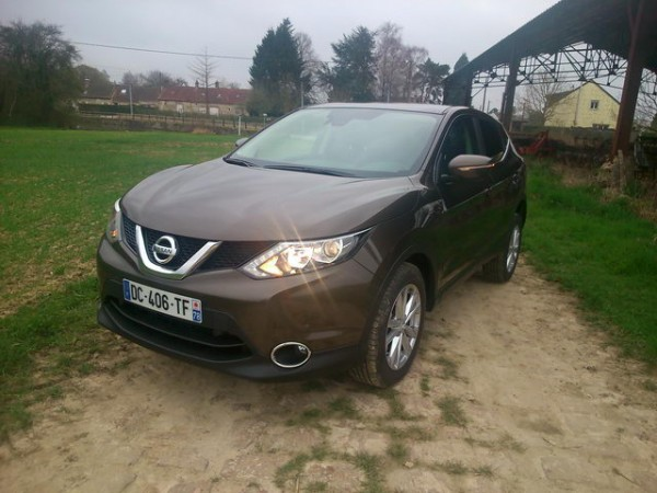 NISSAN-Qashqai-II-photo-Patrick-Martinoli.j