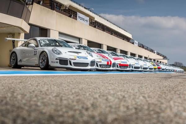 PORSCHE-CARRERA-CUP-2014-les-bolides-en-piste-au-PAIUL-RICARD-pour-les-premiers-essais-les-17-et-18-MARS.