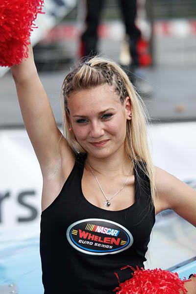 RACECAR 2013 GRID GIRL TOURS