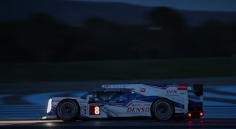 WEC-2014-Prologue-PAUL-RICARD-essai-de-nuit-la-TOYOTA-8-Photo-Antoine-CAMBLOR