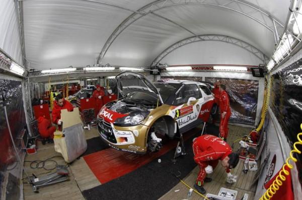 WRC-2014-MEXIQUE-Assistance-des-DS3-CITROEN-Photo-TEAM