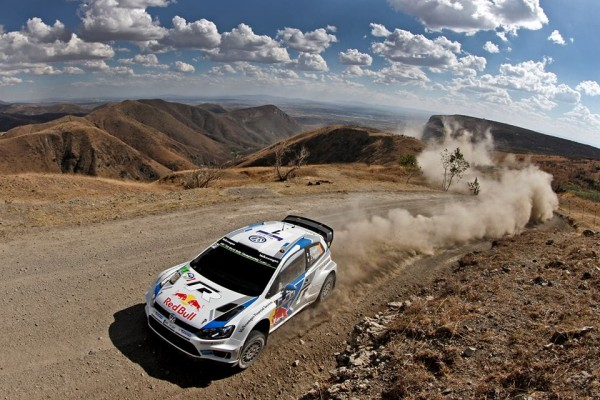 WRC-2014-MEXIQUE-VW-POLO-WRC-de-SEB-OGIER-1er-le-9-mars-photoMICHELIN