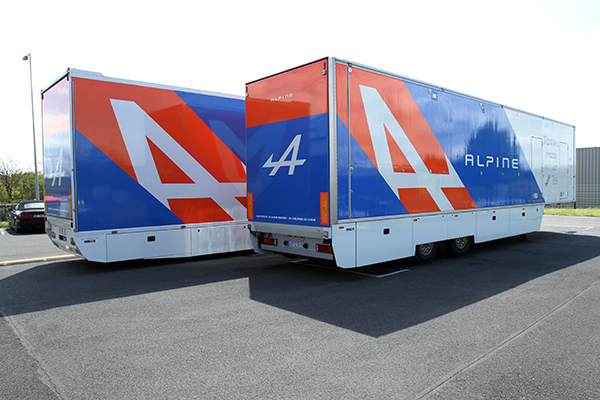ALPINE-SIGNATECH-CAMION-ATELIER-Photo-Gilles-VITRY.