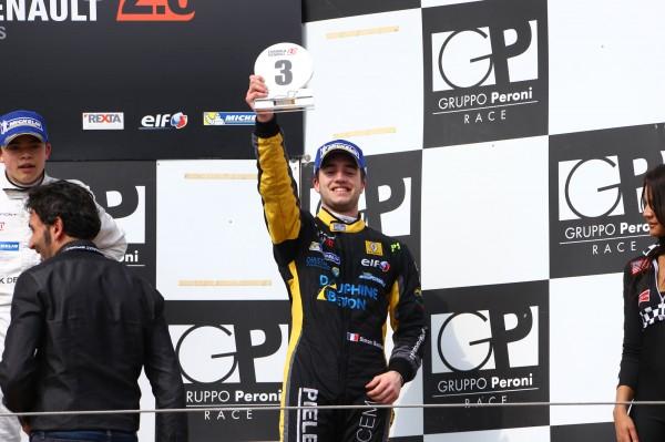 ALPS 2014 IMOLA 5 et 6 Avril - Simon Gachet deux fois 3eme sur le podium.j