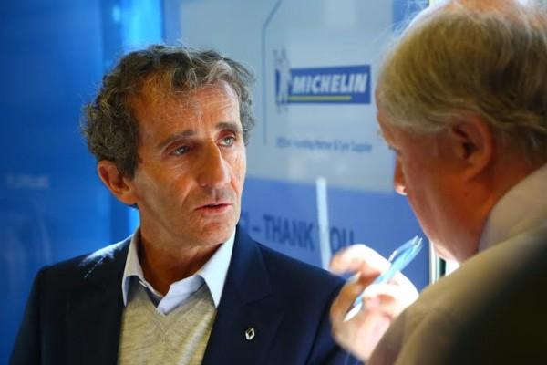 Entretien avec Alain PROST avec Gilles GAIGNAULT circuit ISSOIRE Presentation FORMULE E photo GREG
