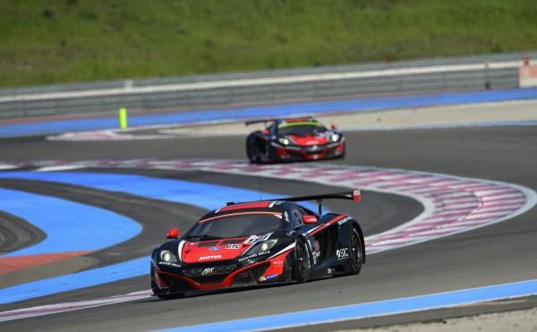 ELMS-2014-Test-PAUL-RICARD-Les-deux-McLaren-ART-GP-N°99-et-98-Photo-Antoine-CAMBLOR