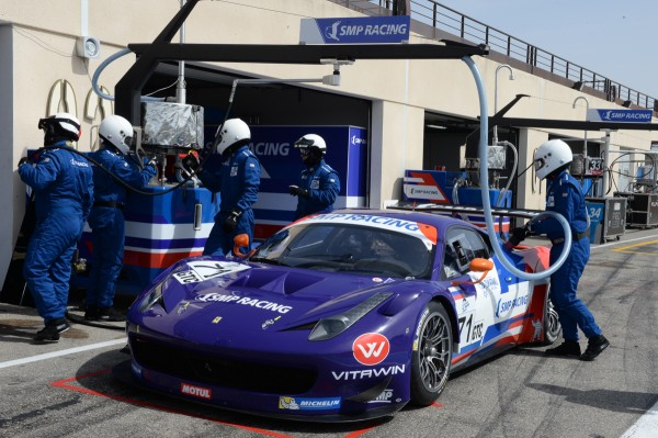 ELMS 2014 test PAUL RIUCAR 2 Avril Stand Team SMP Racing - Photo Antoine CA