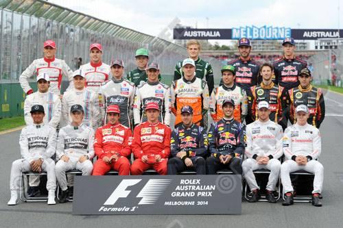 F1-2014-Les-pilotes-de-la-saison-posent-a-MELBOURNE-au-GP-AUSTRALIE-Photo-Bernard-ASSET.