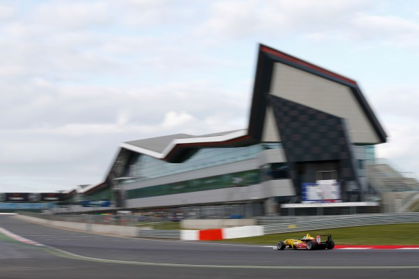 F3 2014 SILVERSTONE La DALLARA VW de Tom BLOMQVIST file vers sa 1ére victoire