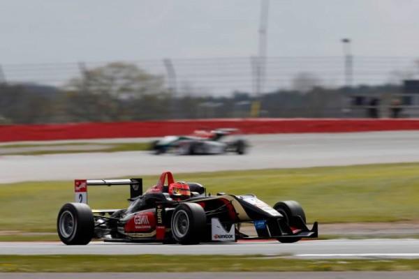 F3-2014-SILVERSTONE-PREMA-Powerteam-Esteban-OCON.