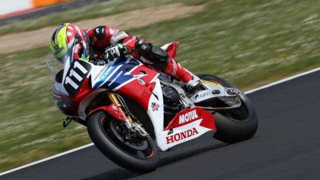 MOTO-2014-BOL-D-OR-HONDA-SIGNE-LA-POLE-A-MAGNY-COURS-le-jeudi-24-avril-PHOTO-FIM