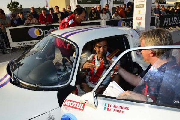 TOUR-AUTO-2014-Emmanuelle-PIRRO-ancien-quadruple-vainqueur-des-24-Heures-du-Mans-a-l-arrivée-avec-son-ALFA-ROMEO-Photo-Max-MALKA