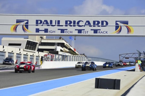 TOUR AUTO 2014 L AC COBRA victorieuse sur le circuit Paul RICARD - Photo Max MALKA