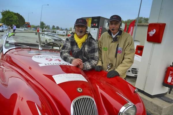 TOUR-AUTO-2014-Pascal-PAPAZYAN-et-François-VIEVILLE-JAGUAR-XK-120-Roadster-de-1953-Photo-Max-MALKA.