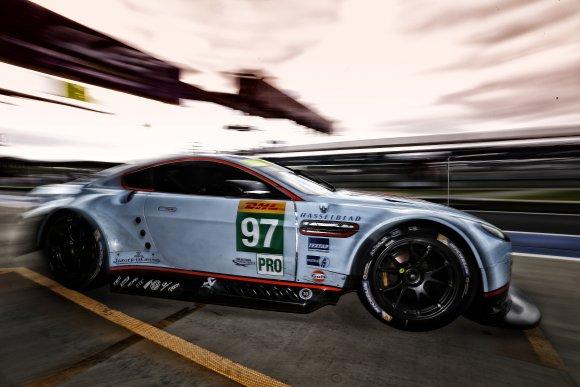 WEC-2014-SILVERSTONE-TURNER-Darren-Mucke-Stefan-Aston-Martin-V8-Vantage-Lmgte-Pro-Team-Aston-Martin-Racing