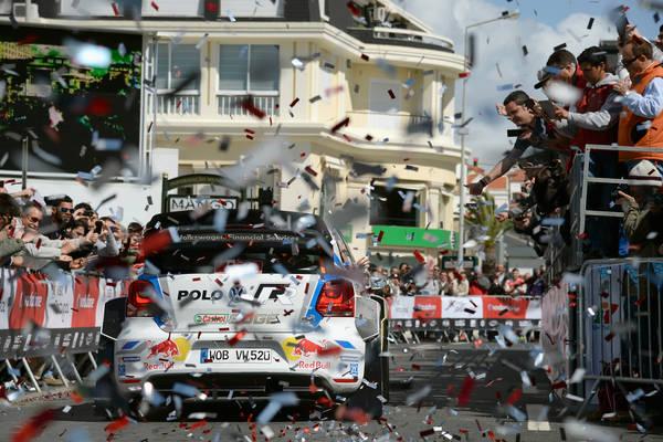 WRC-2014-PORTUGAL-SEB-OGIER-a-LISBONNE-SUPERSPECIALE-1er
