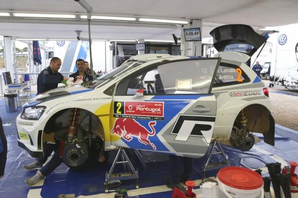 WRC 2014 PORTUGAL assistance TEAM VW.j
