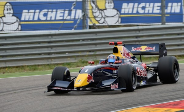 WSR-2014-MOTORLAND-1ére-course-CARLOS-SAINZ-Junior-Photo-Antoine-CAMBLOR