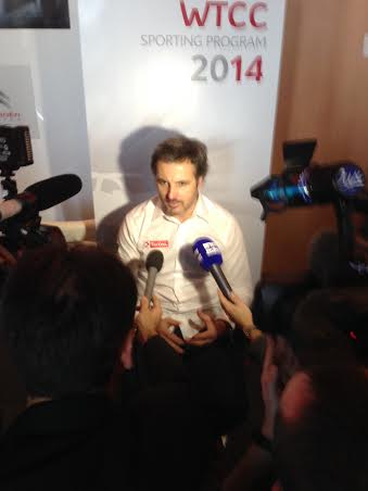 WTCC-2014-Presentation-equipe-CITROEN-Le-lundi-16-decembre-2013-A-SATORY-Yvan-MULLER