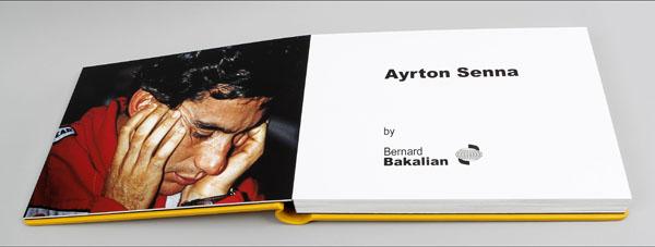 LIVRE AYRTON SENNA. La double page ouverture de l'Album photos de BERNARD BAKALIAN