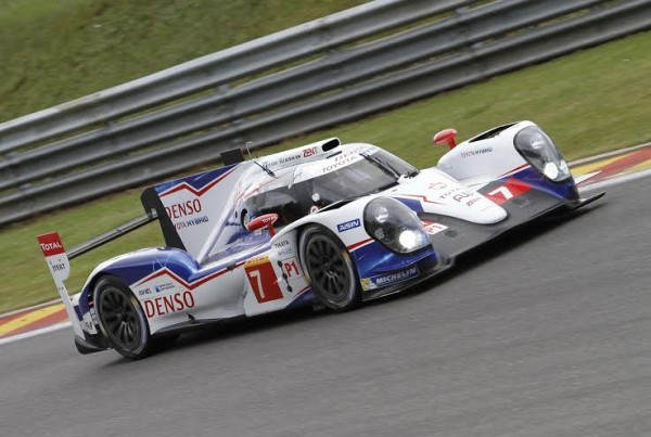 24-H-DU-MANS-2014-Test-SPA-avant-Le-Mans-20-21-Mai-pour-le-Team-TOYOTA-N°7-Photo-Manfred-GIET.