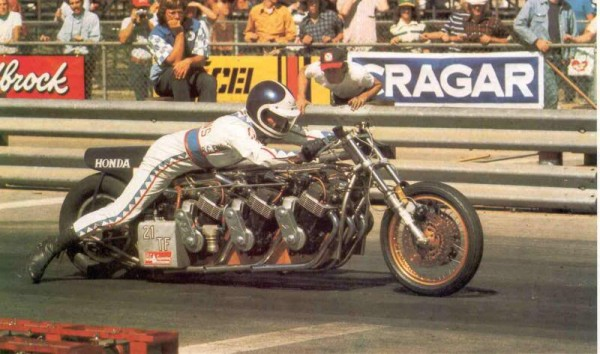 DRAGSTER-LE-PILOTE-AMERICAIN-RUSS-COLLINS