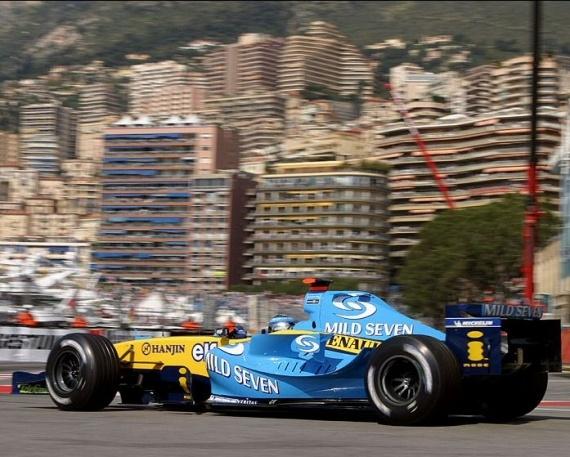 F1-GP-DE-MONACO-1ére-victoire-100-RENAULT-avec-JARNO-TRULLI-en-2004