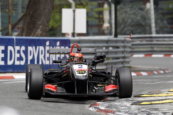 F3-2013-GP-DE-PAU-ESTEBAN-OCON-Dallara-Mercedes-du-PREMA-POWERTEAM