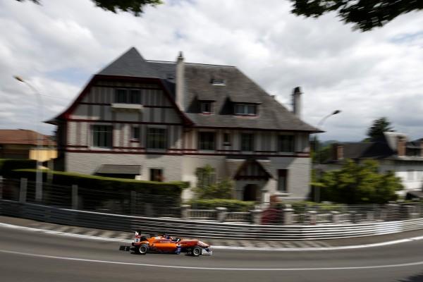 F3 2014 GP DE PAU LUCAS AUER