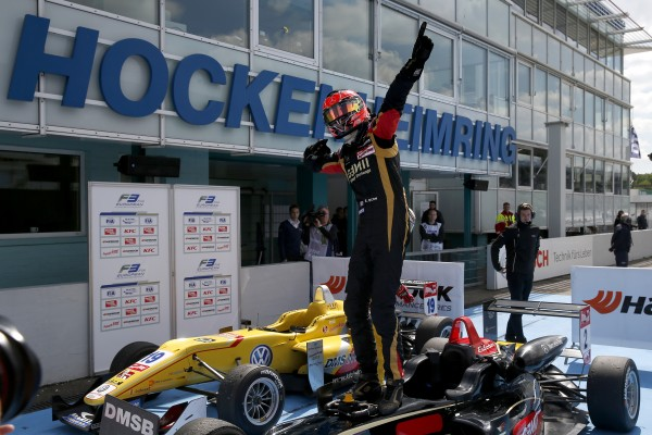 F3 2014 HOCKENHEIM Victoire pour Esteban OCON Team PREMA POWERTEAM.j