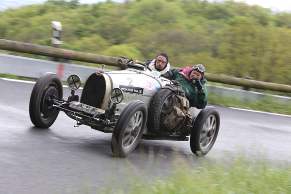 GP-DE-LYON-2014-Bugatti-en-pleine-action-HAASE-Classic-photo