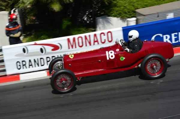 GRAND-PRIX-HISTORIQUE-DE-MONACO-2014-ALFA-ROMEO-TIPO-de-134-Tony-SMITH-Photo-Max-MALKA