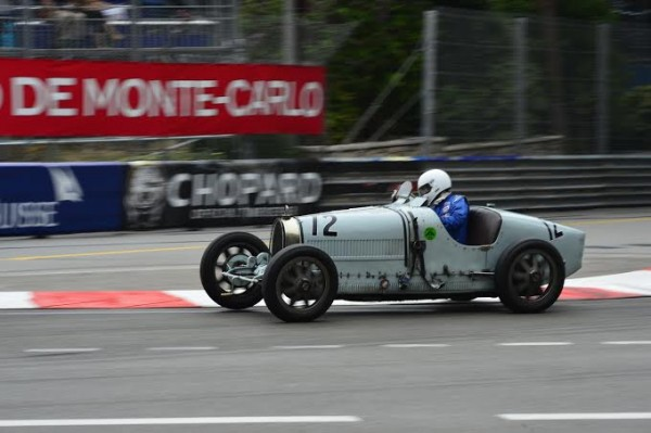 GRAND-PRIX-HISTORIQUE-DE-MONACO-2014-BIGATTI-Type-39-de-1925-de-Thimoty-DUTTON-Photo-Max-MALKA.