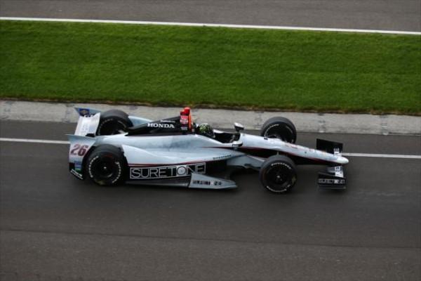 INDYCAR-2014-Indianapolis-KURT-BUSCH-Le-CHAMPION-NASCAR-decouvre-le-pilotage-d-une-monoplace-INDYCAR