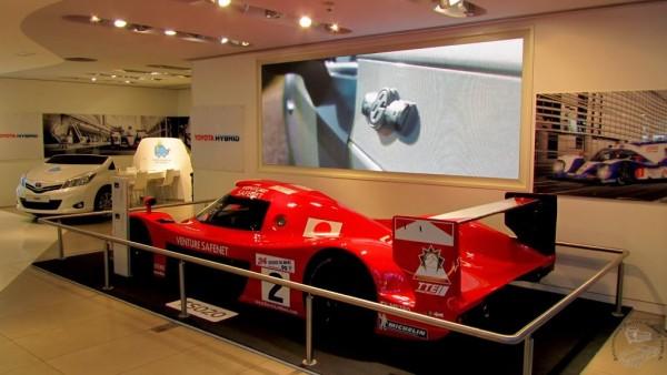 Le-rendez-vous-Toyota-Paris-champs-élysées-La-TS020