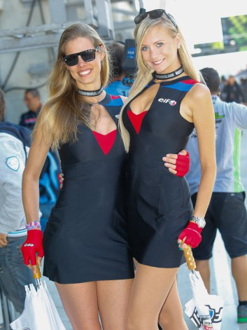 MOTO GP  2014 GP DE FRANCE - LES GIRLS DE ELF
